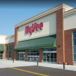 Front part of the Hy-vee Oakdale store